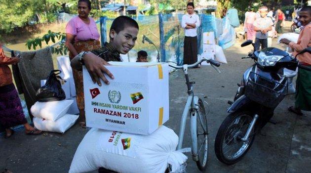 Arakan'da Müslümanlara Ramazan yardımı
