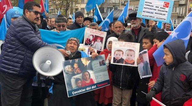 Bugün Doğu Türkistan'daki Çin Zulmünü Protesto Ettik