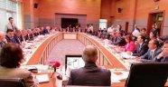 Akp'den Tribünlere Mazbatayı Ver cezası