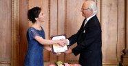 İsveç'te Kraliyet ödülü verildi.