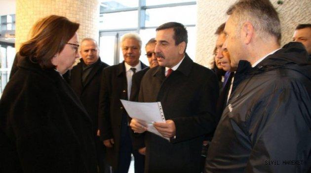 Türkiye Kamu-Sen Türkistana sahip çıktı